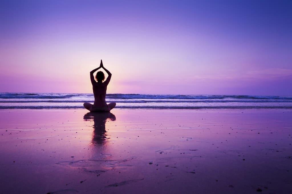 how-to-do-yoga-meditation-1024x682